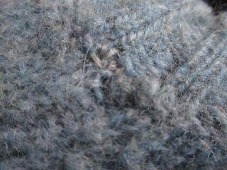 どーでるのセーターお繕い2.JPG
